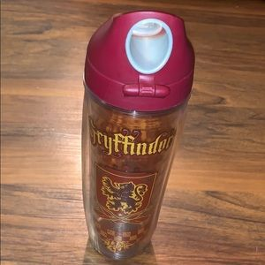 Tervis Harry Potter Gryffindor Water Bottle 24 oz